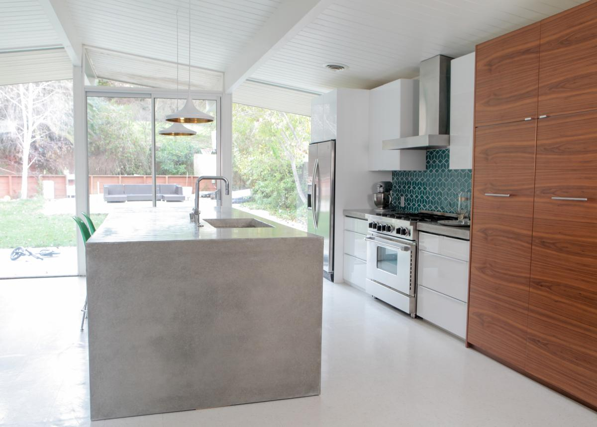 Destination Eichler | Milgard Aluminum Sliding Door